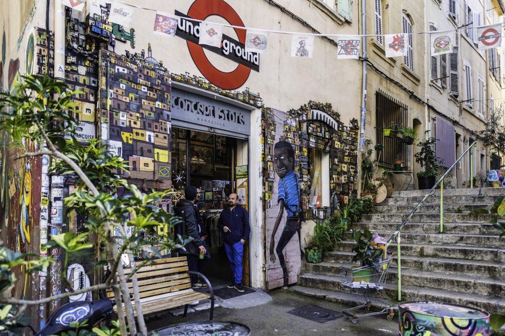 il Panier di Marsiglia è un quartiere colorato e multietnico