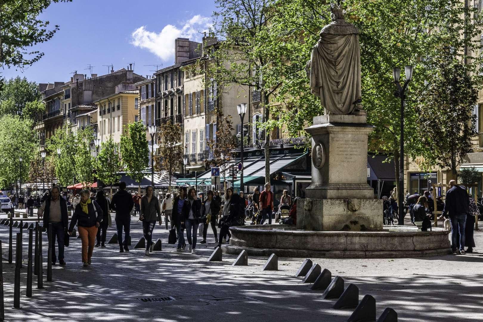 la statua del Roi René, conte di Provenza