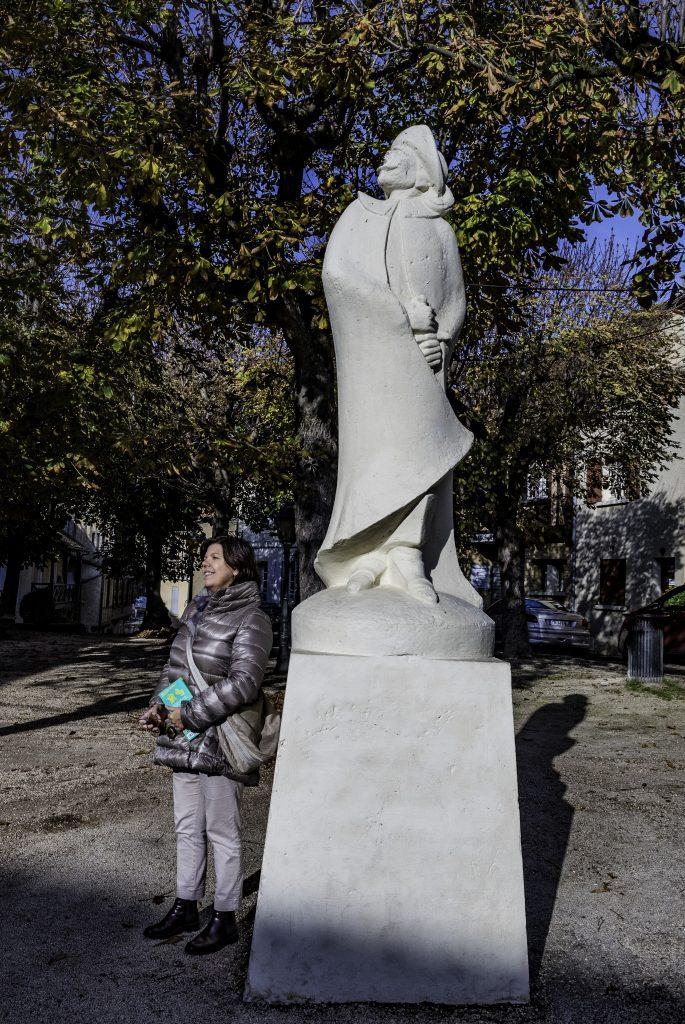 Bergerac omaggia con due monumenti il suo illustre cittadino Cyrano