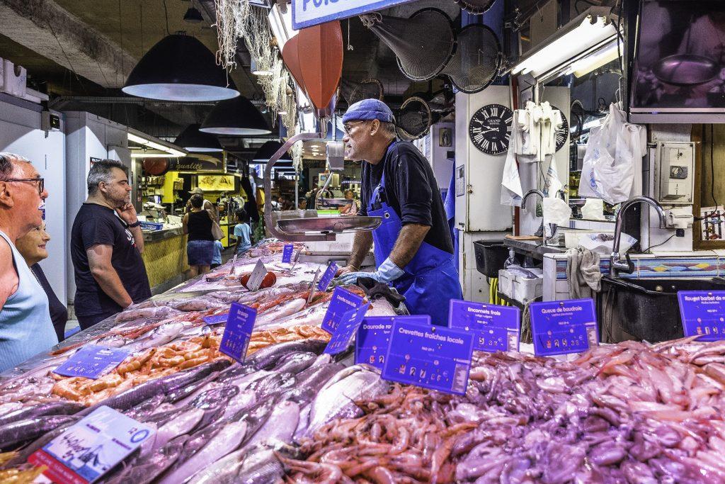banco del pesce al mercato