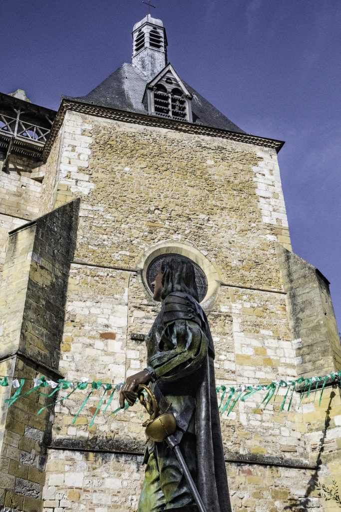 statua in bronzo di Cyrano de Bergerac