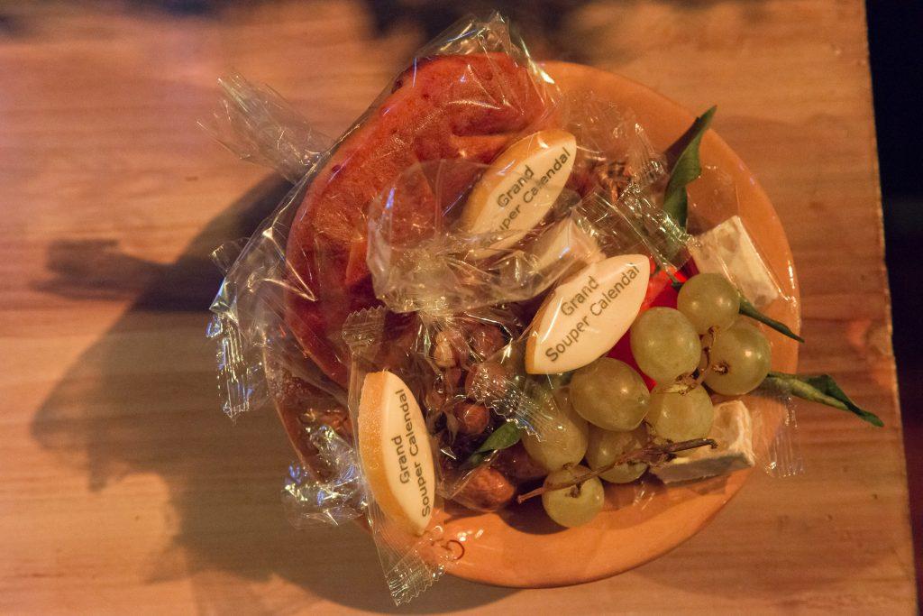 tra i tredici dolci della tradizione provenzale, non possono mancare i calissons di Aix