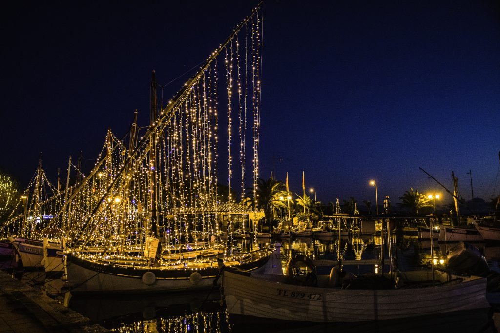 la magia del Natale in provenza, luci a Sanary