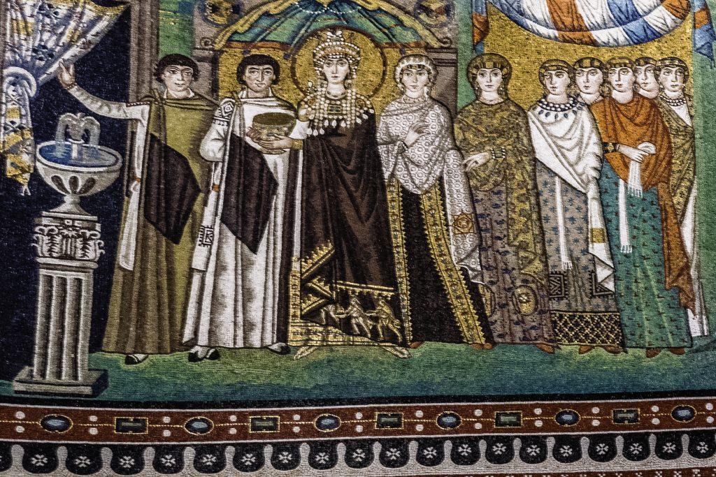 L'Imperatrice Teodora raffigurata nel mosaico di San Vitale